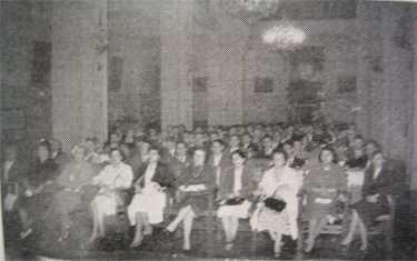 Salón de Actos de la VIII Asamblea General de la URE, 19 de mayo de 1957